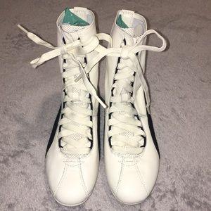 Puma Eskiva White Leather Boxing Sneakers 6.5 M